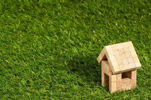 Grundstückskauf: Auf Besonderheiten des Bauplatzes achten